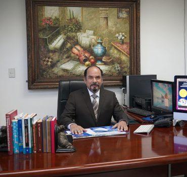 Dr. Fernando Alfredo Quesada