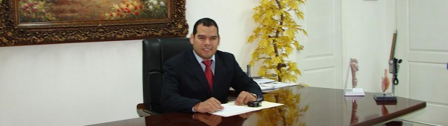 Dr. Mauricio Ernesto Santamaría